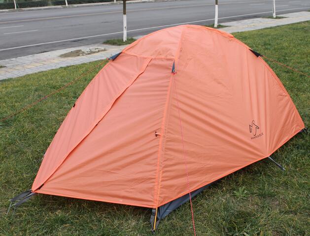 这是成都租帐篷,租3-4人防暴雨帐篷
